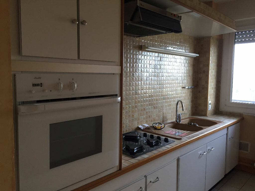 Achat Appartement 4 pièces à Maubeuge - vignette-2