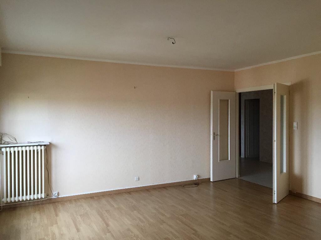 Achat Appartement 4 pièces à Maubeuge - vignette-3