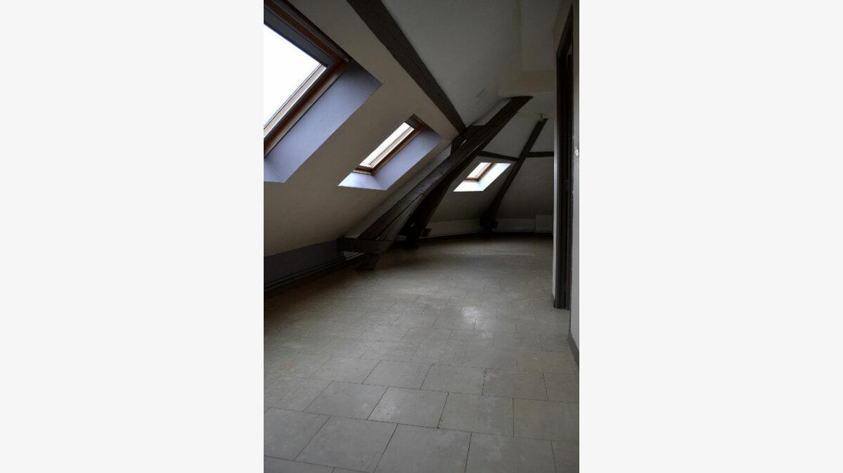 Location Appartement 2 pièces à Denain - vignette-1