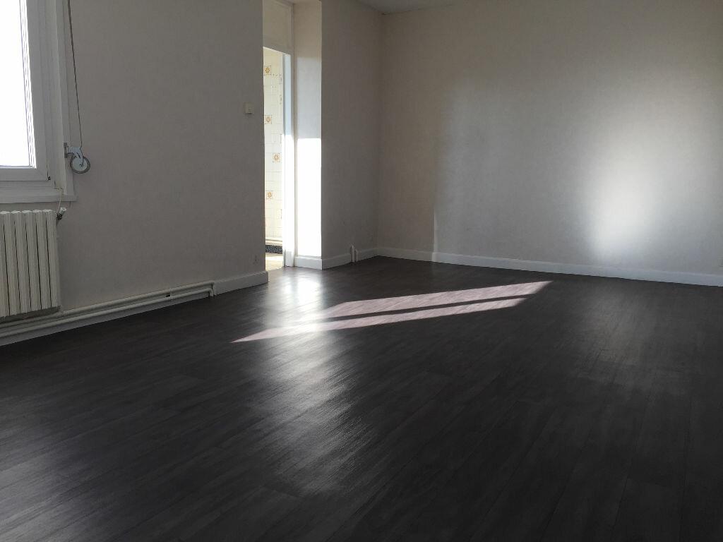 Location Appartement 5 pièces à Anzin - vignette-1