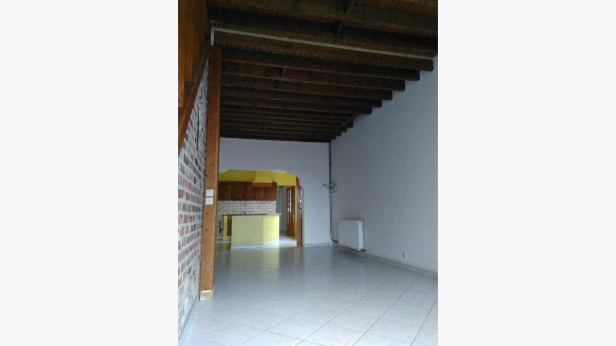 Achat Maison 4 pièces à Saint-Saulve - vignette-1
