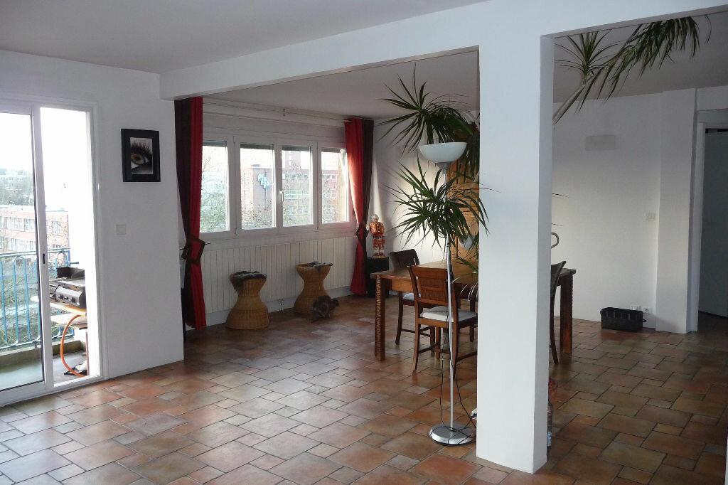 Achat Appartement 9 pièces à Maubeuge - vignette-1