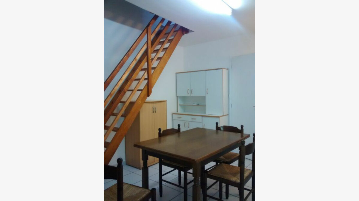 Location Maison 2 pièces à Condé-sur-l'Escaut - vignette-1