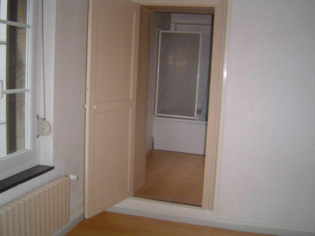 Location Appartement 1 pièce à Valenciennes - vignette-3
