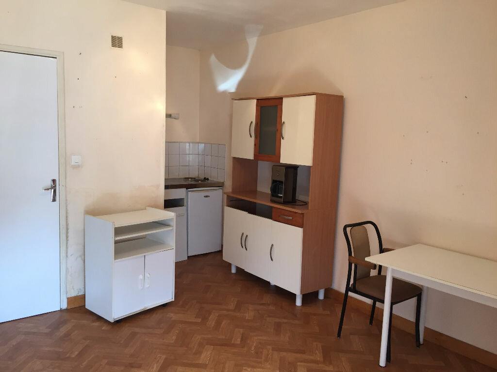 Location Appartement 1 pièce à Lieu-Saint-Amand - vignette-1