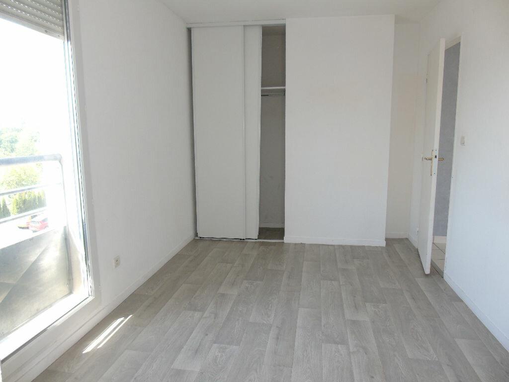 Achat Appartement 3 pièces à Valenciennes - vignette-3