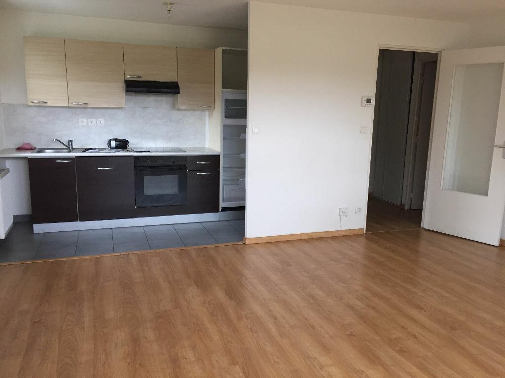 Location Appartement 3 pièces à Anzin - vignette-1