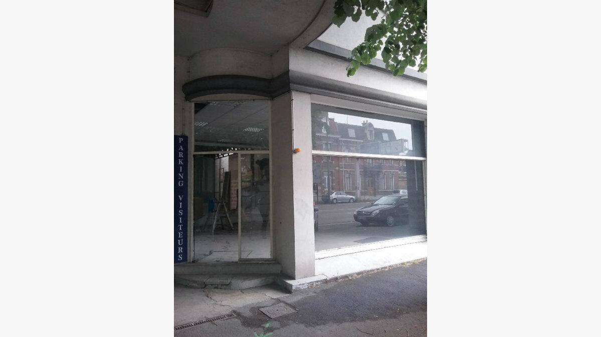 Location Local commercial  à Valenciennes - vignette-2