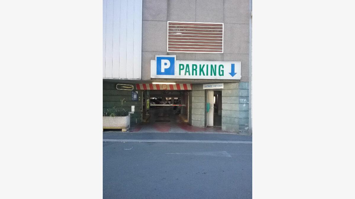 Location Stationnement  à Valenciennes - vignette-1