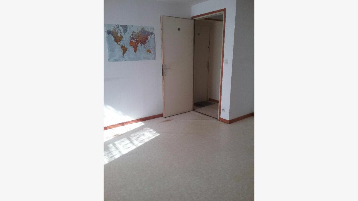 Location Appartement 2 pièces à Marly - vignette-2
