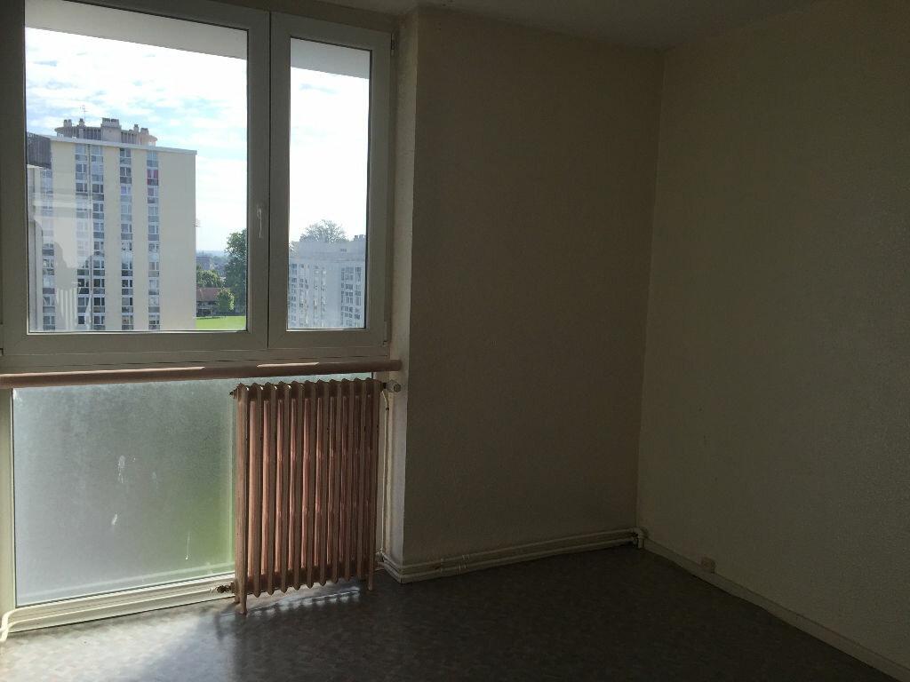 Location Appartement 3 pièces à Maubeuge - vignette-2