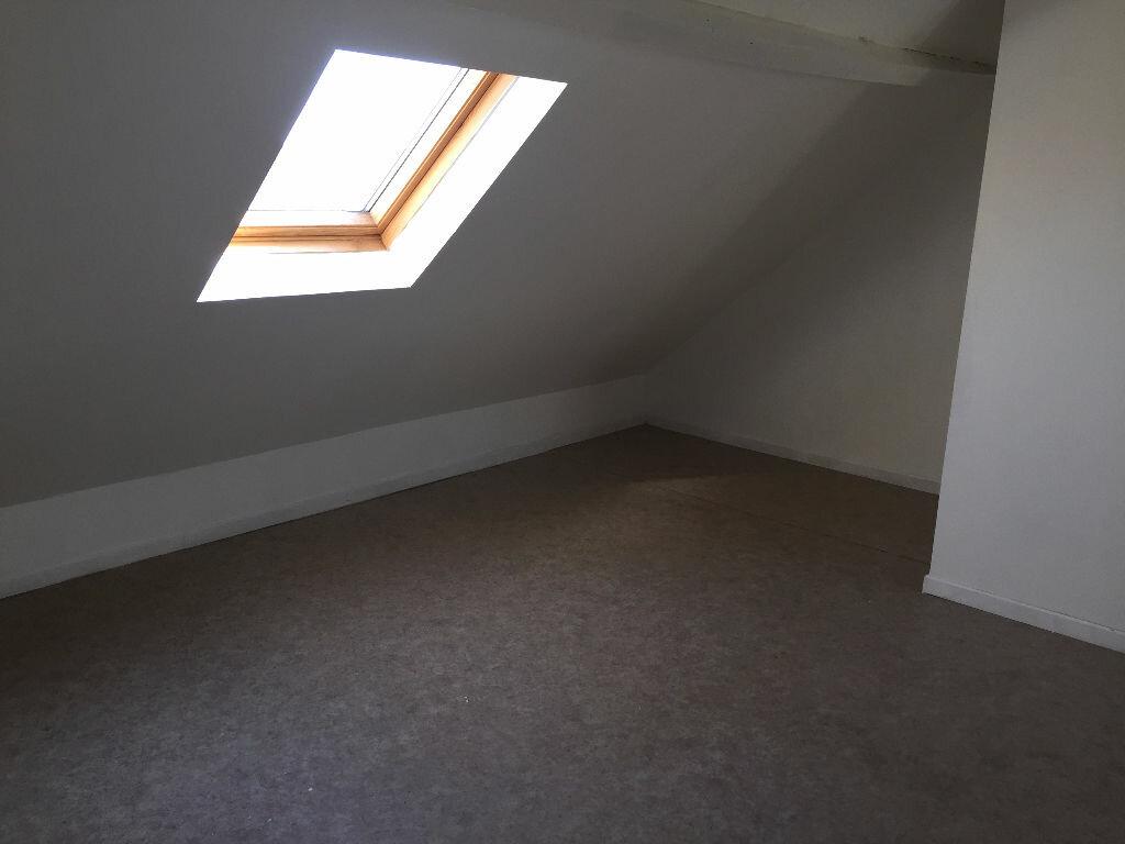 Location Appartement 1 pièce à Valenciennes - vignette-4