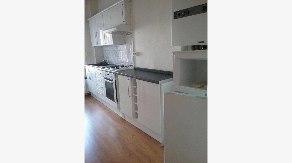 Location Appartement 3 pièces à Valenciennes - vignette-1