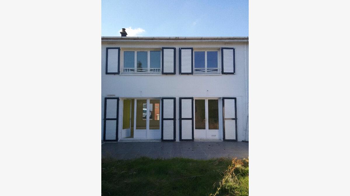Location Maison 4 pièces à Valenciennes - vignette-1