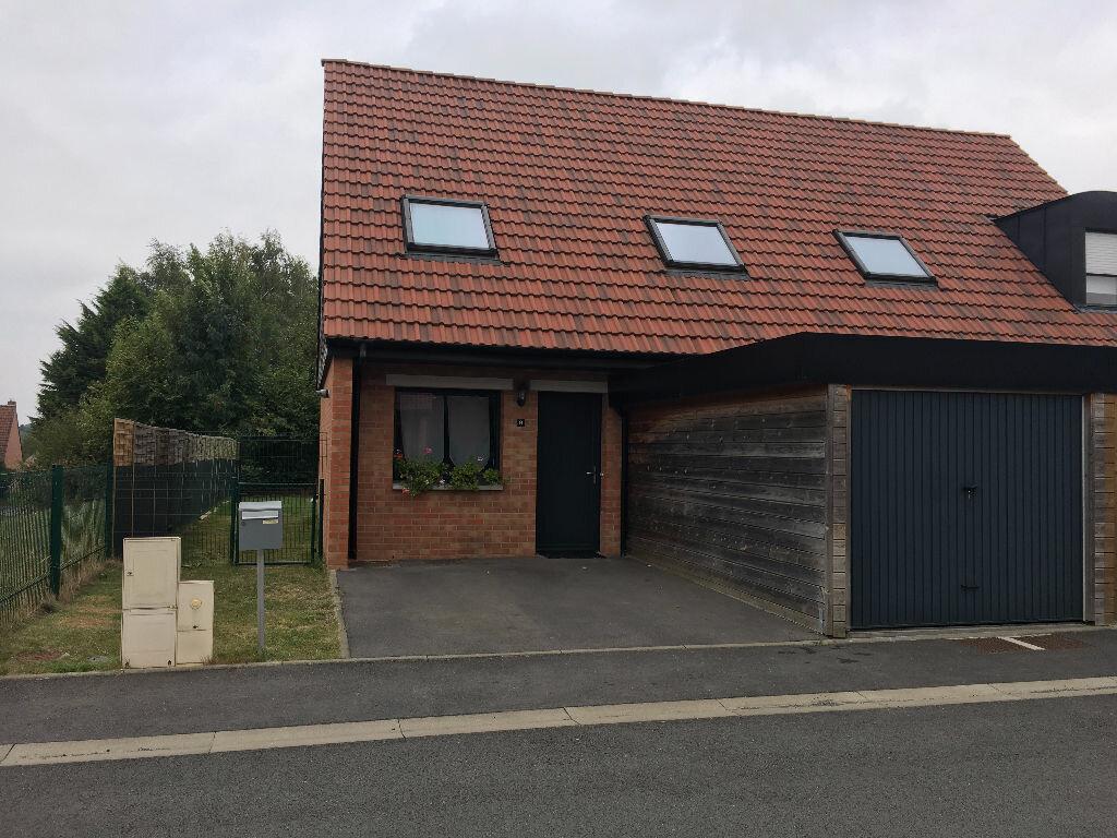 Location Maison 4 pièces à Aulnoy-lez-Valenciennes - vignette-1