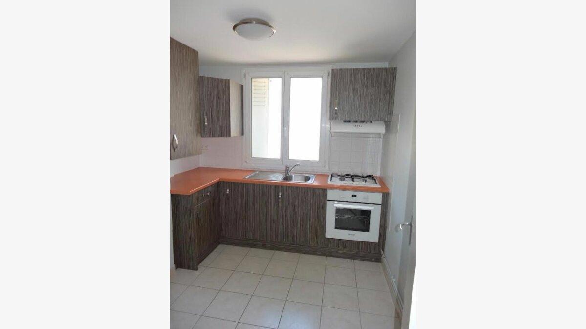 Location Appartement 3 pièces à Vandoeuvre-lès-Nancy - vignette-1