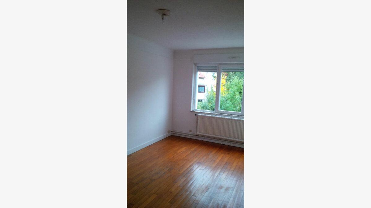 Location Appartement 4 pièces à Villers-lès-Nancy - vignette-3