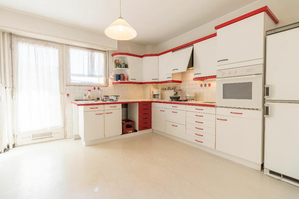 Achat Appartement 4 pièces à Strasbourg - vignette-2