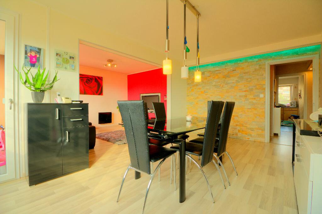 Achat Appartement 4 pièces à Hoenheim - vignette-1