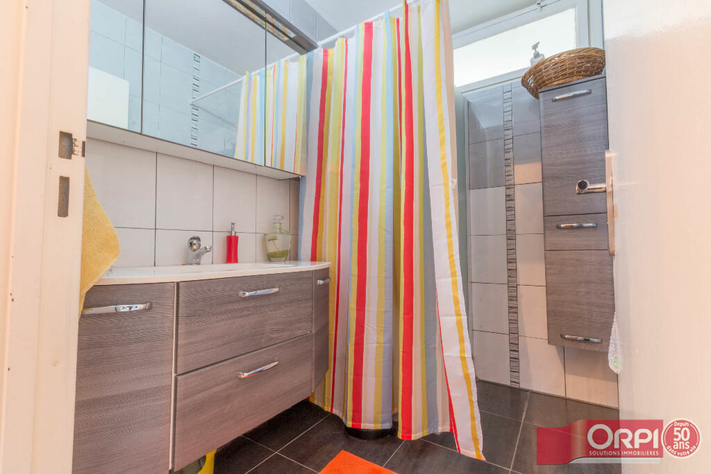 Achat Appartement 5 pièces à Hoenheim - vignette-6
