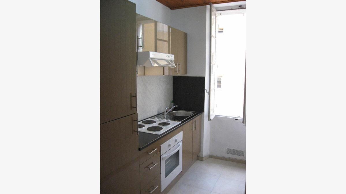 Achat Appartement 1 pièce à Toulon - vignette-1