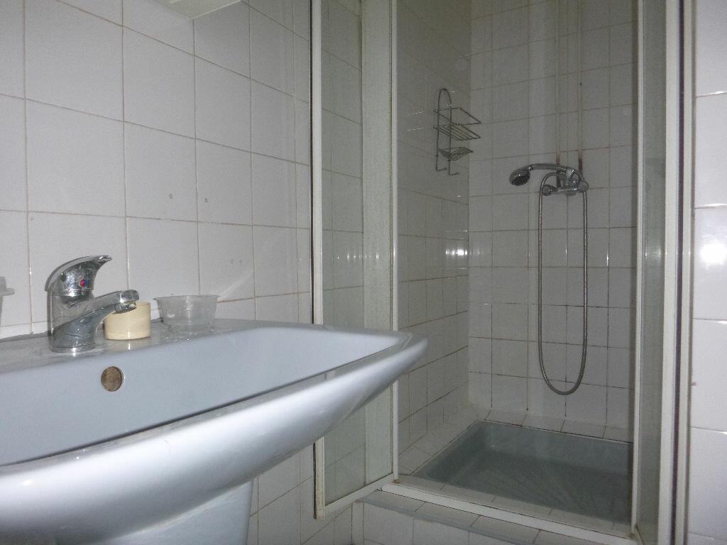 Achat Appartement 2 pièces à Toulon - vignette-5