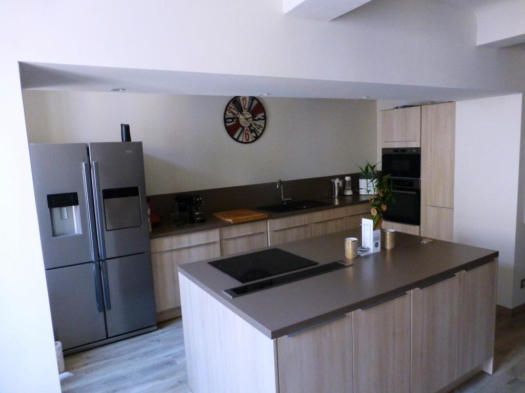 Achat Appartement 5 pièces à Solliès-Pont - vignette-1