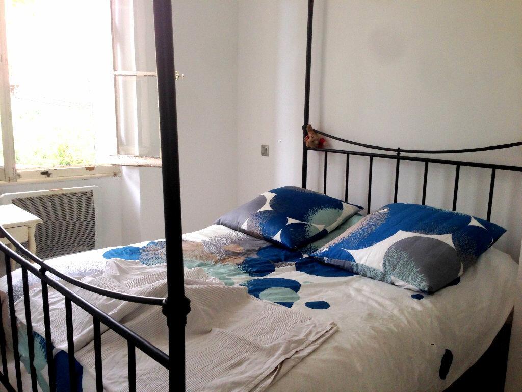 Achat Appartement 3 pièces à Toulon - vignette-3