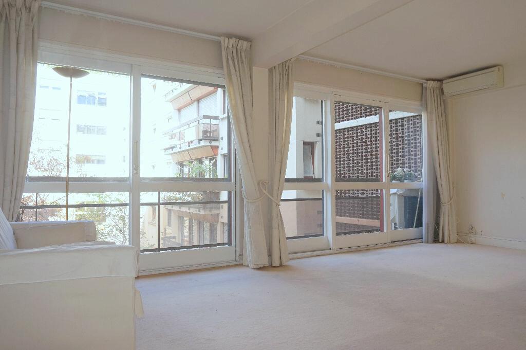Achat Appartement 3 pièces à Paris 15 - vignette-1