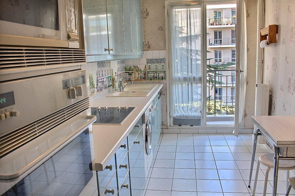 Achat Appartement 3 pièces à Paris 15 - vignette-2