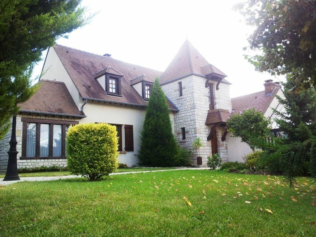 Achat Maison 8 pièces à Mézy-sur-Seine - vignette-1
