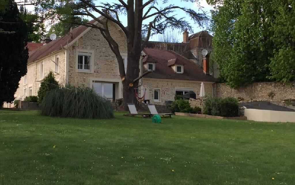 Achat Maison 8 pièces à Fontenay-Saint-Père - vignette-1