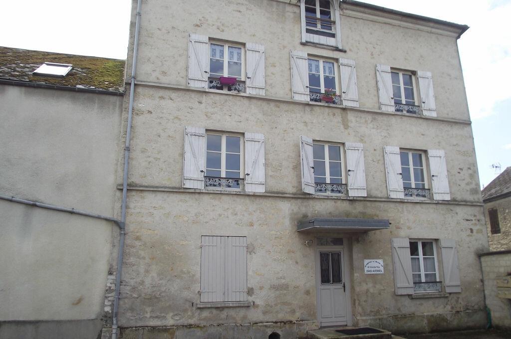 Location Appartement 1 pièce à Gouzangrez - vignette-1