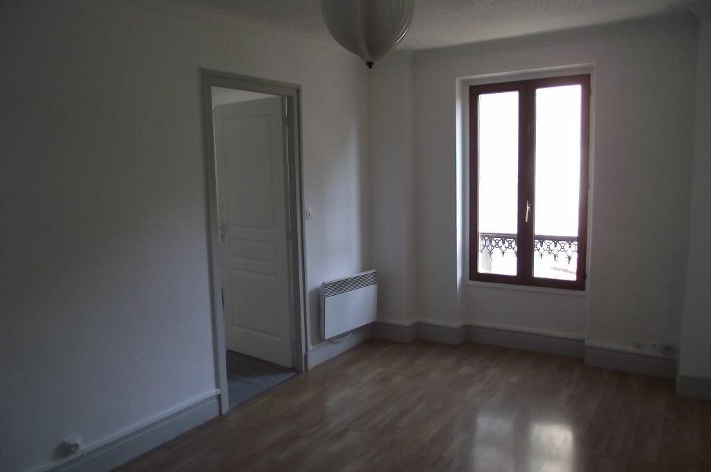 Location Appartement 2 pièces à Meulan-en-Yvelines - vignette-1