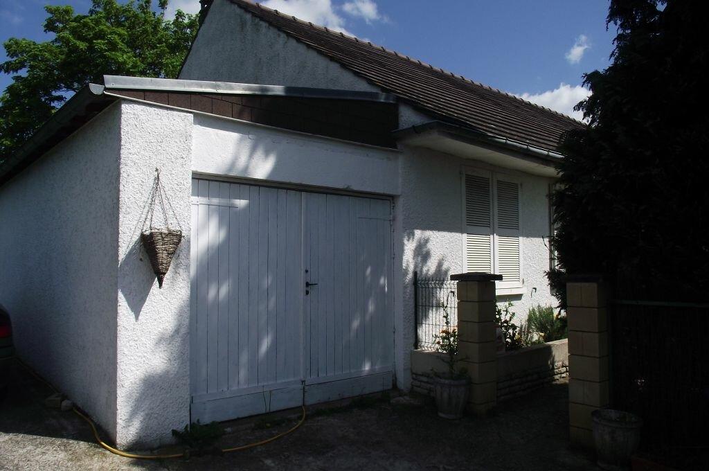 Achat Maison 6 pièces à Oinville-sur-Montcient - vignette-8
