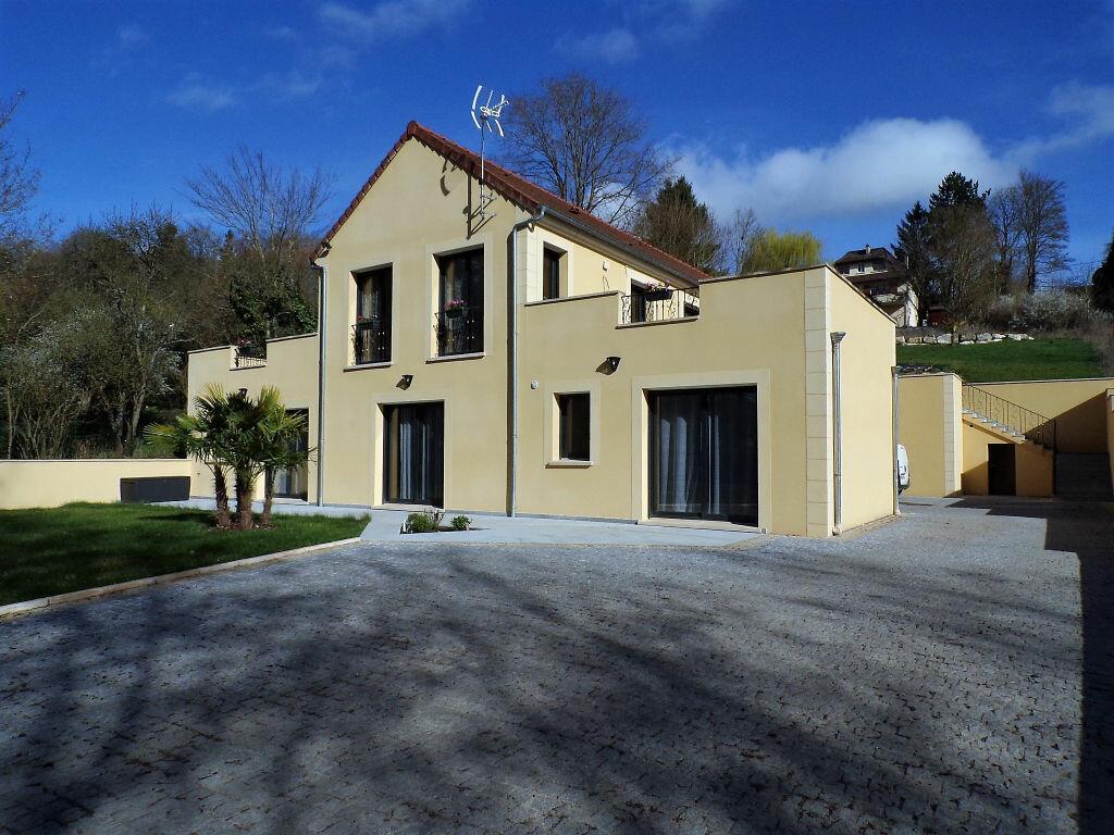 Achat Maison 5 pièces à Oinville-sur-Montcient - vignette-1