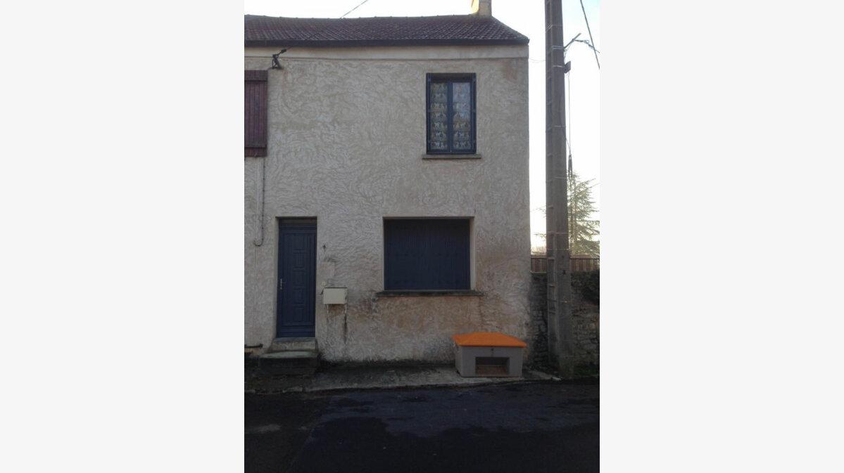 Location Maison 3 pièces à Fontenay-Saint-Père - vignette-1