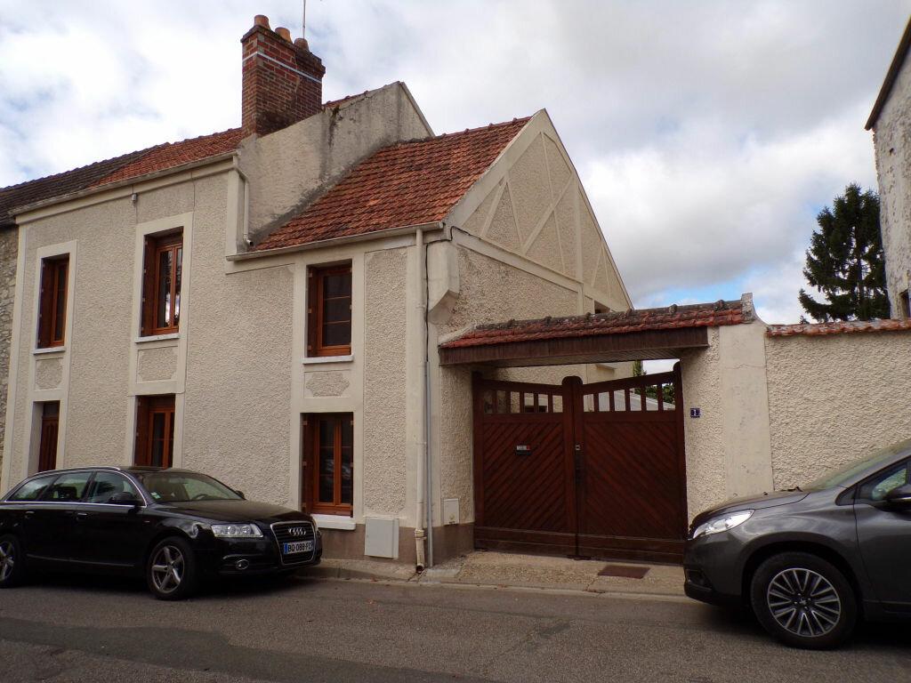 Achat Maison 3 pièces à Fontenay-Saint-Père - vignette-1