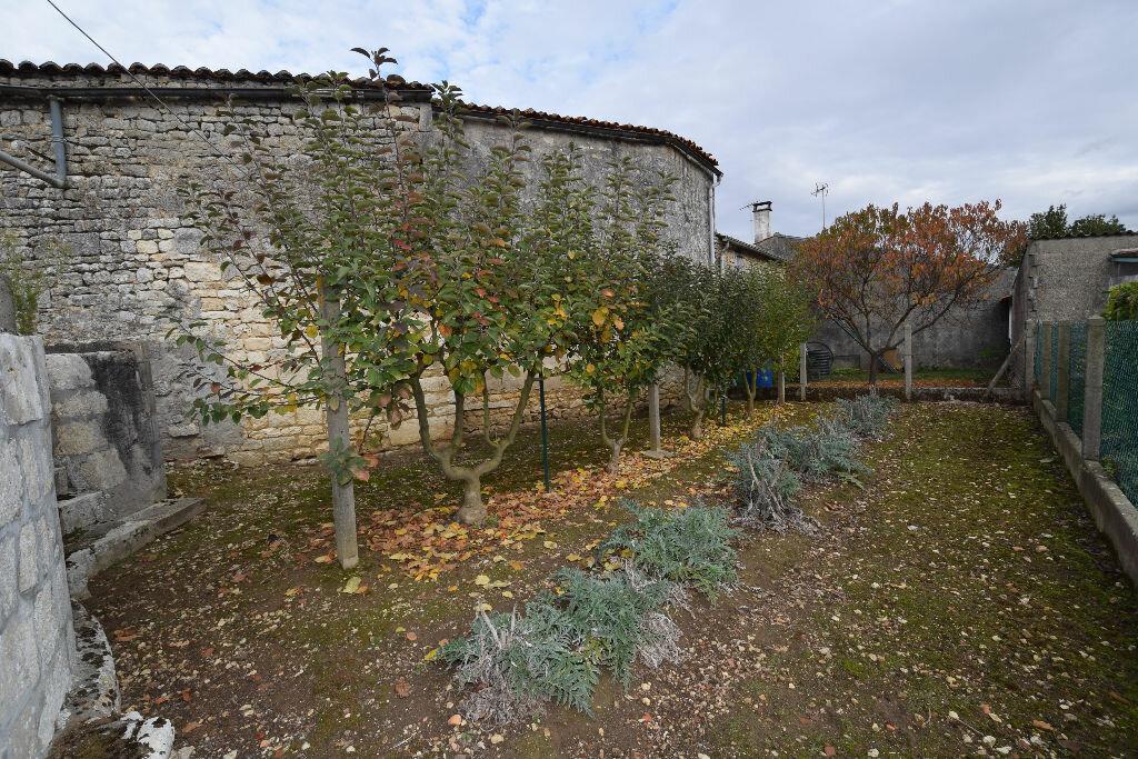 Achat Maison 3 pièces à Pont-l'Abbé-d'Arnoult - vignette-5