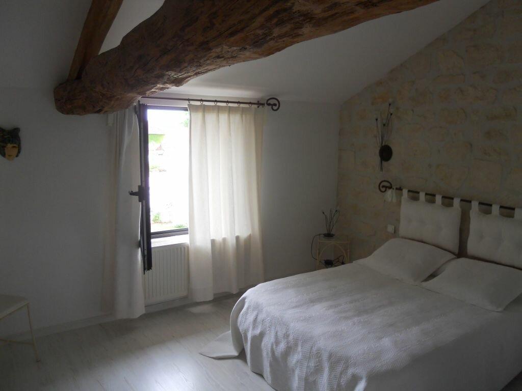 Achat Maison 6 pièces à Saint-Sulpice-d'Arnoult - vignette-7