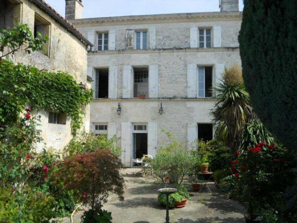 Achat Maison 7 pièces à Saint-Porchaire - vignette-8