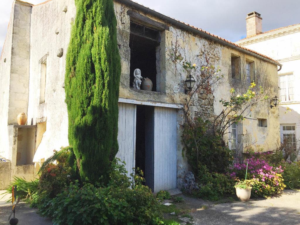 Achat Maison 7 pièces à Saint-Porchaire - vignette-9