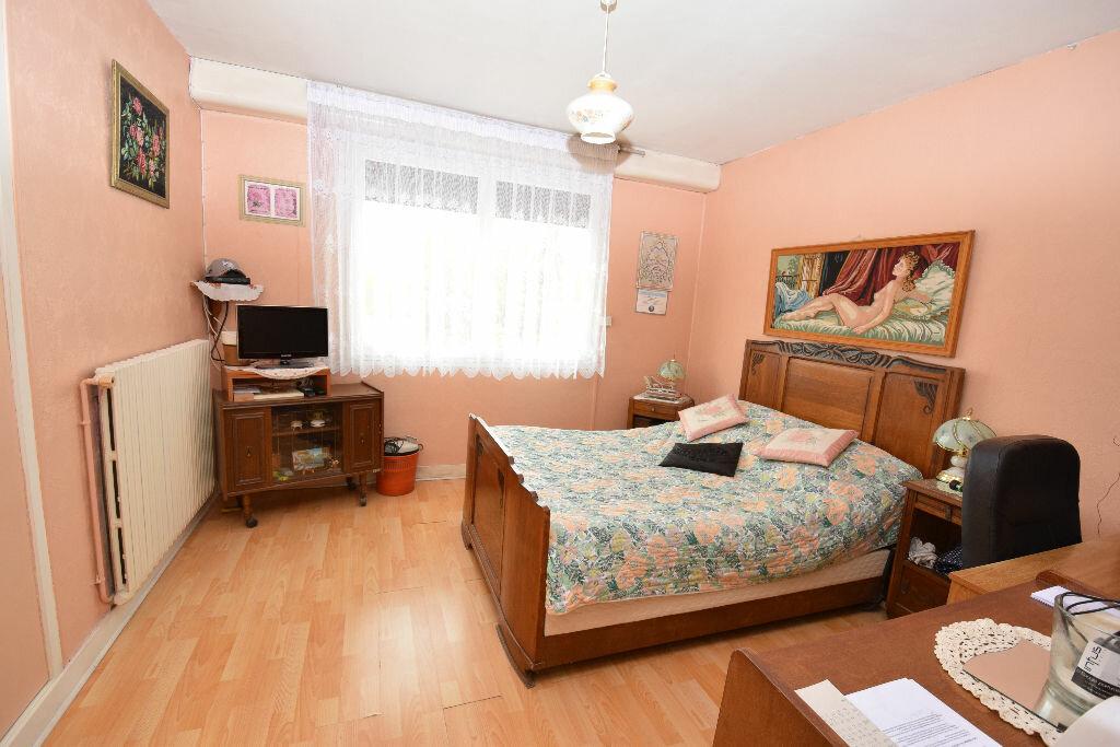 Achat Maison 4 pièces à Taillebourg - vignette-5
