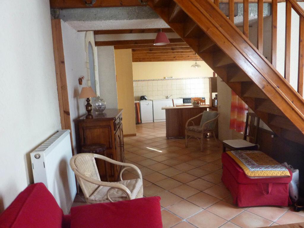 Achat Maison 4 pièces à Saint-Savinien - vignette-6