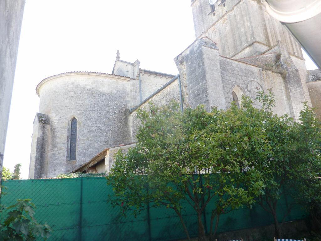 Achat Maison 4 pièces à Saint-Savinien - vignette-9