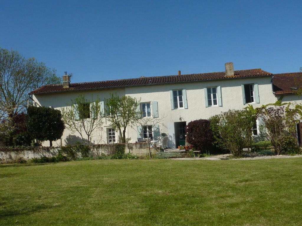 Achat Maison 6 pièces à Bignay - vignette-1