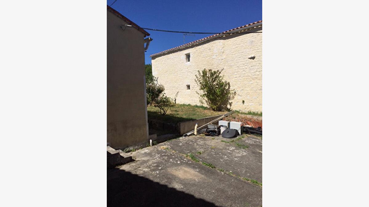 Achat Maison 3 pièces à Port-d'Envaux - vignette-6