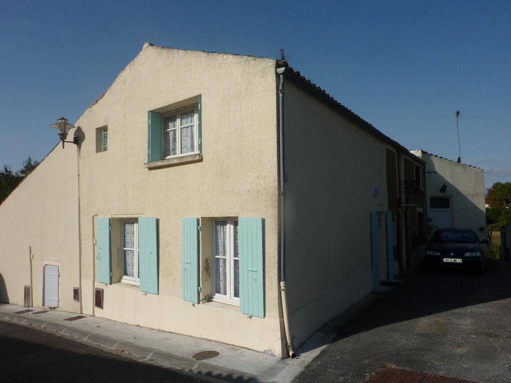 Achat Maison 2 pièces à Tonnay-Boutonne - vignette-1