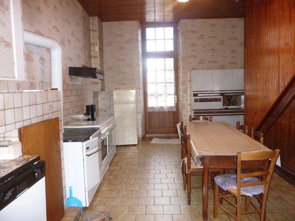 Achat Maison 5 pièces à Saint-Savinien - vignette-4