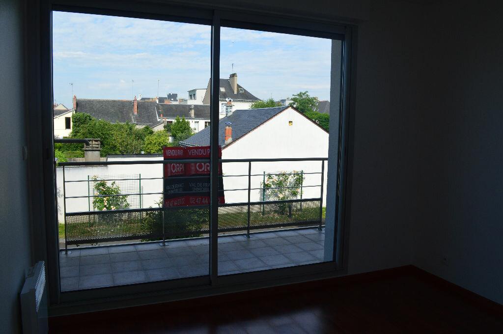 Achat Maison 5 pièces à Saint-Pierre-des-Corps - vignette-12